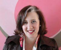Author Diane Vallere